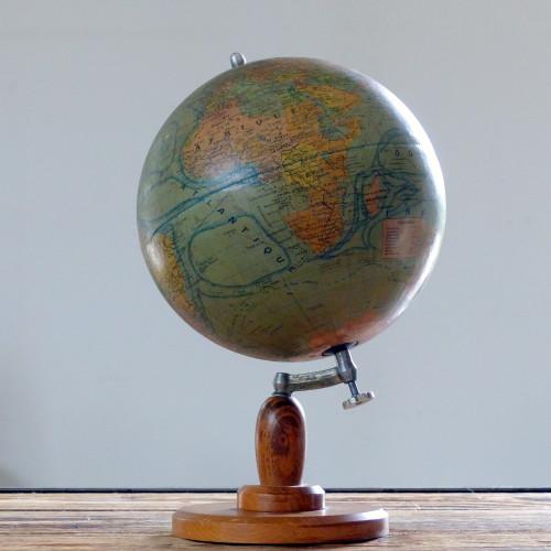 Ancien globe terrestre Forest