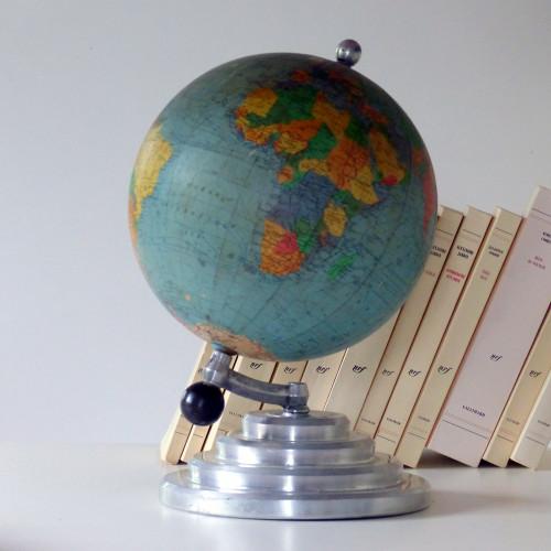 Globe terrestre George Philip & son 1965