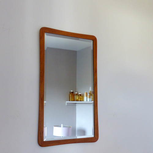 Miroir scandinave asymétrique en teck