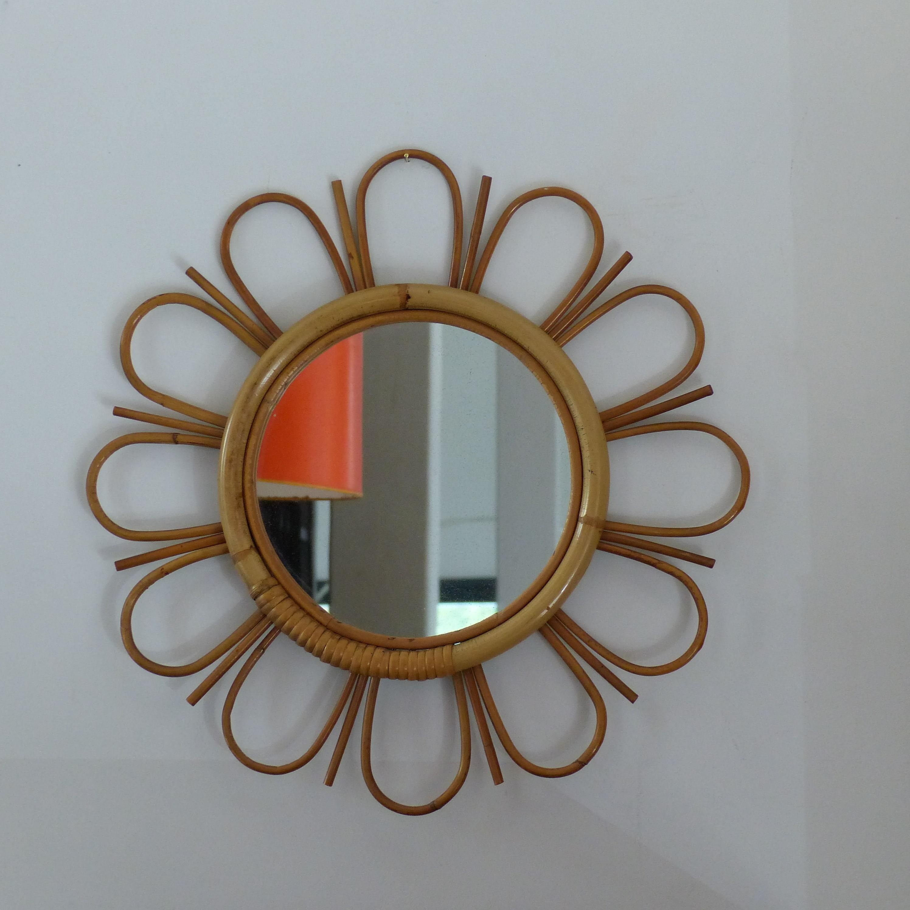 Miroir fleur en rotin lignedebrocante brocante en ligne for Miroir diametre 50
