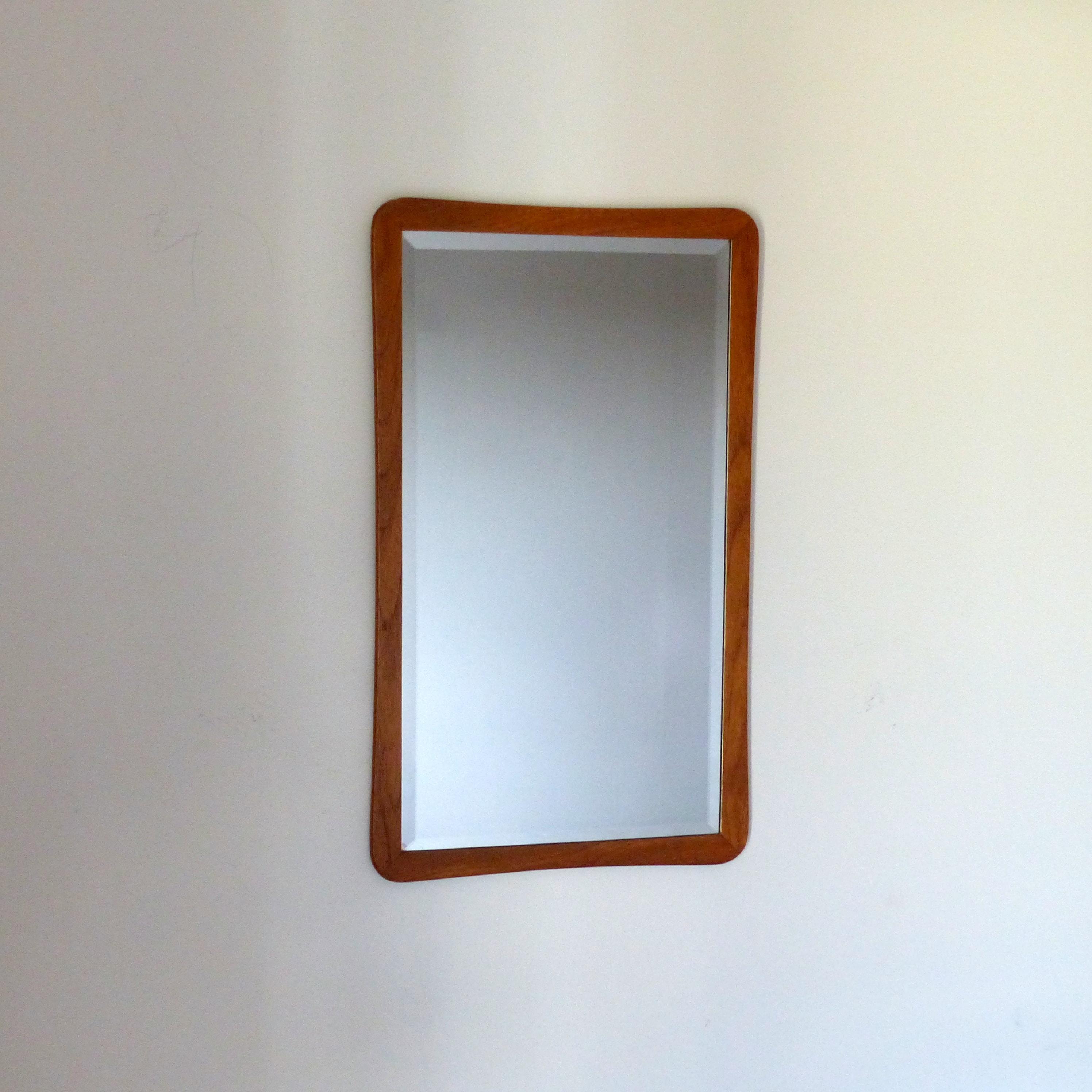 Miroir scandinave asym trique en teck lignedebrocante for Miroir scandinave