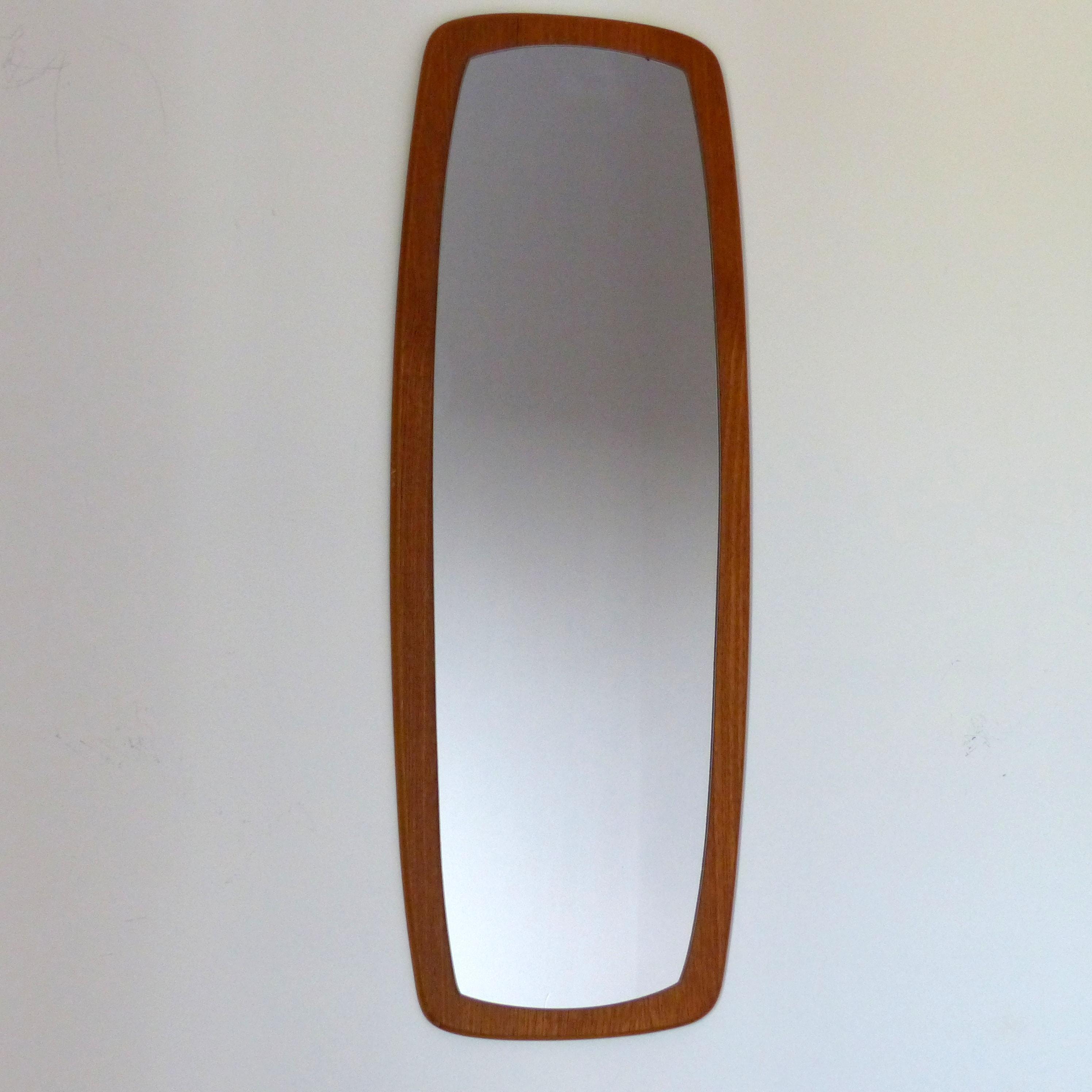 Miroir scandinave en teck lignedebrocante brocante en for Miroir longueur
