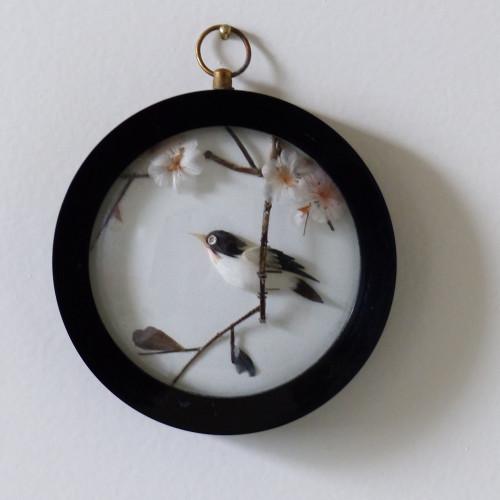 Cadre miniature à décor d'oiseau