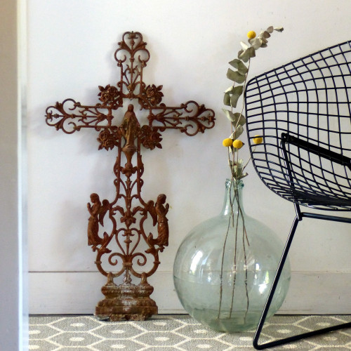 Croix en fonte