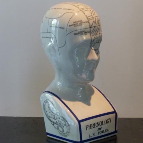 Tête de phrénologie en porcelaine