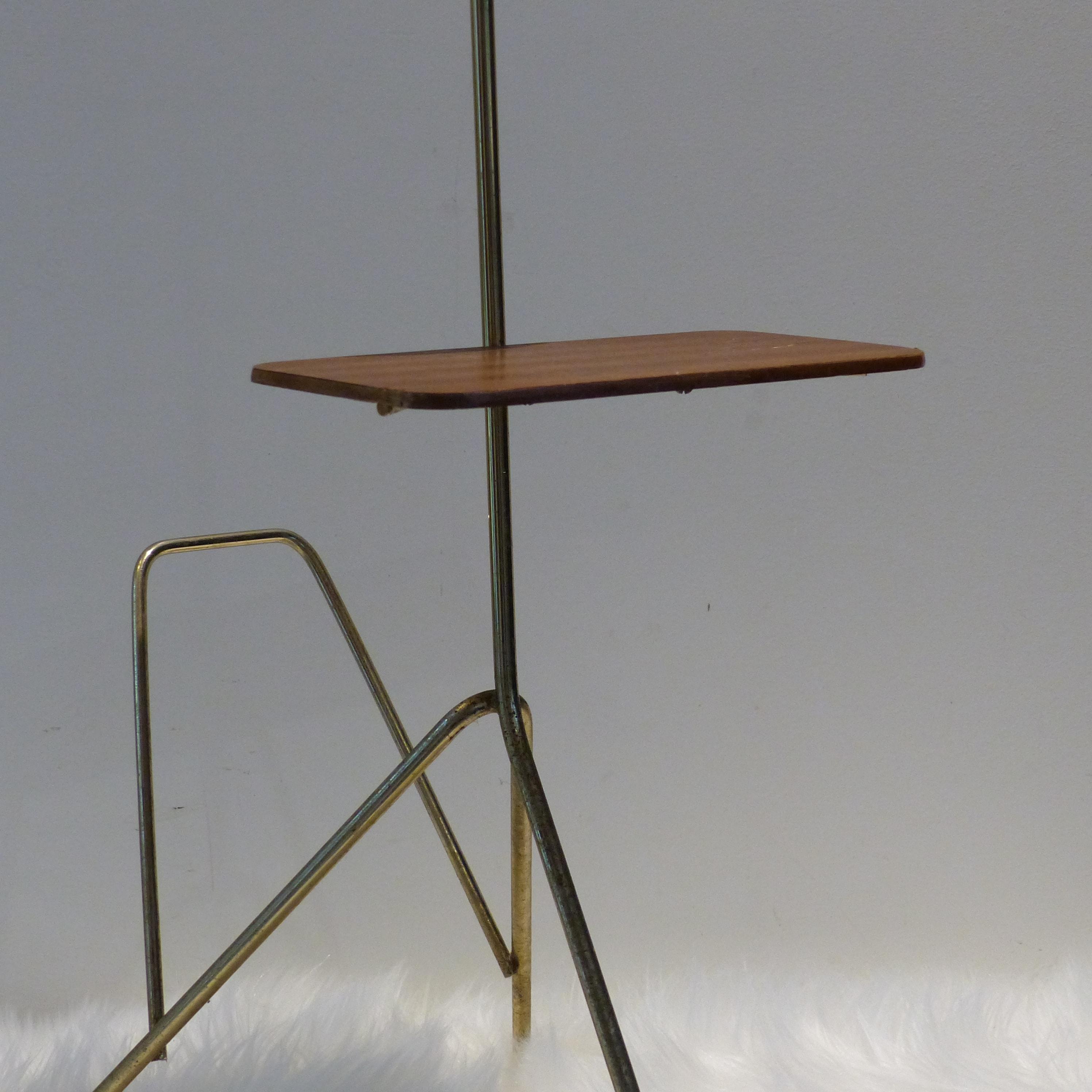 Cendrier vintage sur pied lignedebrocante brocante en for Porte revues en bois