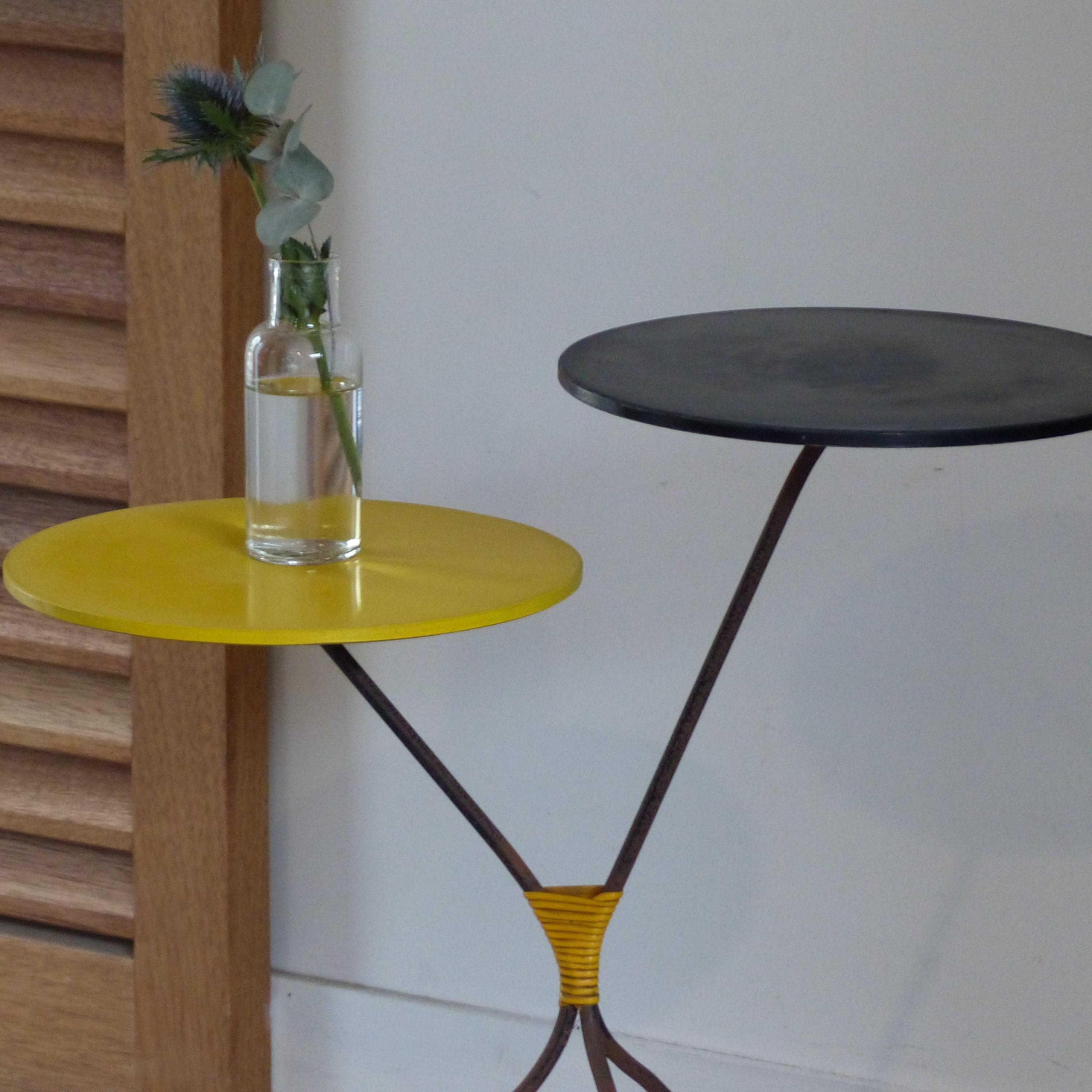 Porte plantes tripode en m tal jaune et noir lignedebrocante brocante en ligne chine pour vous - Porte plante ...