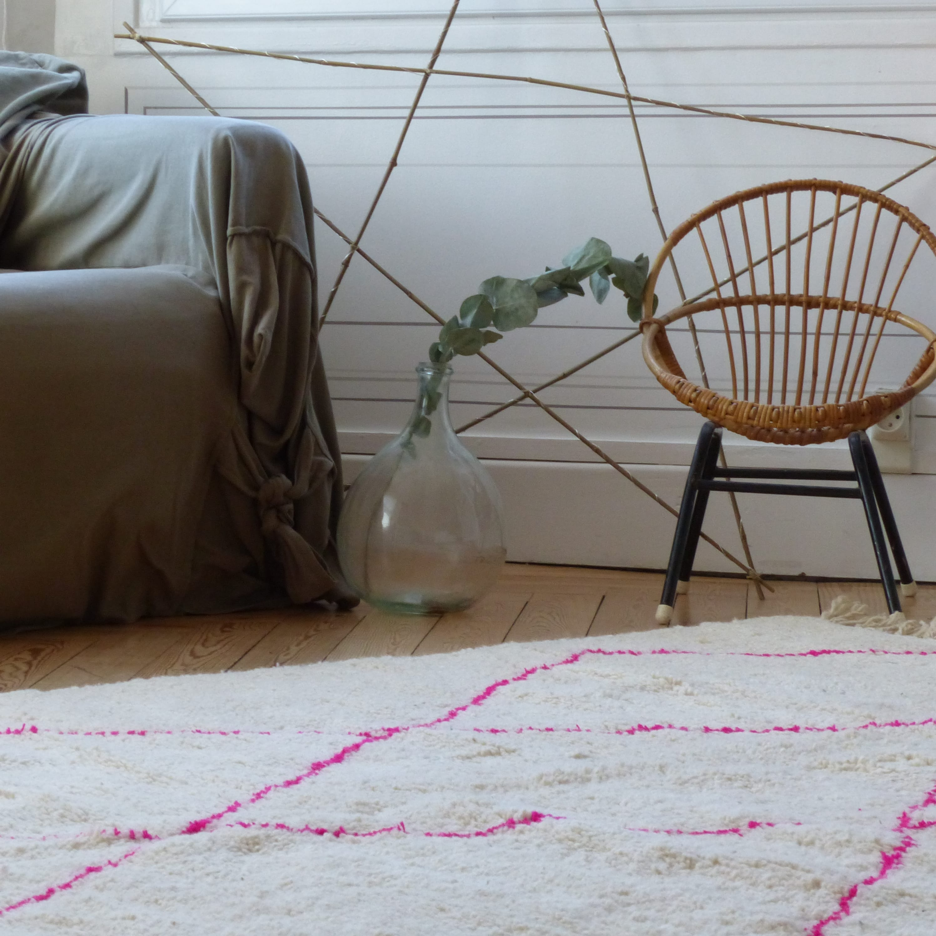 tapis beni ouarain à losanges roses - lignedebrocante brocante en