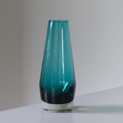 Vase scandinave vert