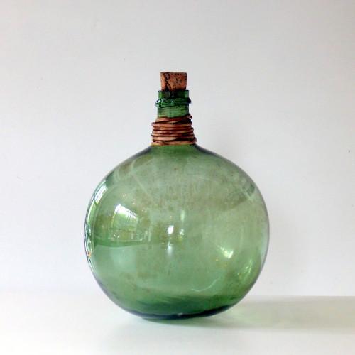 Petite Dame-Jeanne ronde en verre soufflé vert