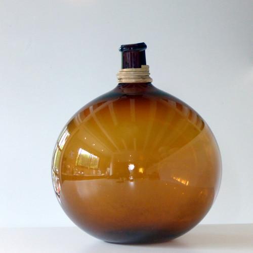 Dame-Jeanne en verre soufflé ambré