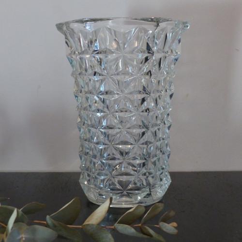 Vase en verre ciselé hexagonal
