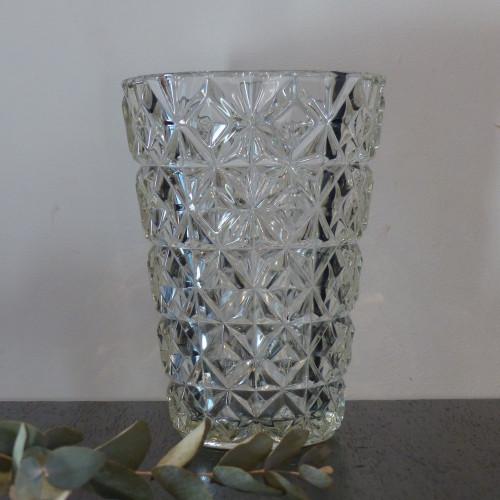 Vase en verre ciselé pointe de diamant