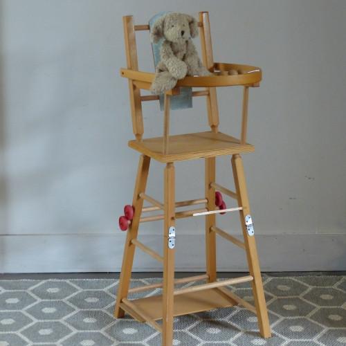 Chaise haute rétro pour poupée