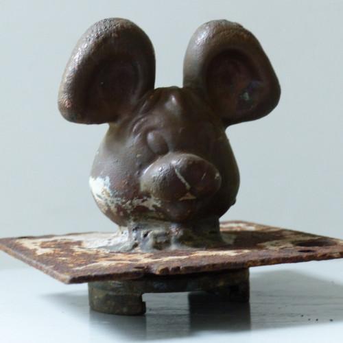 Ancien moule de figurine pouet pouet - Grande tête de souris