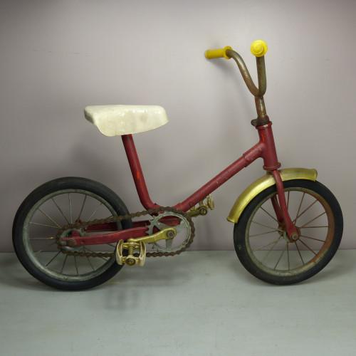 Petit vélo rouge et or - années 50