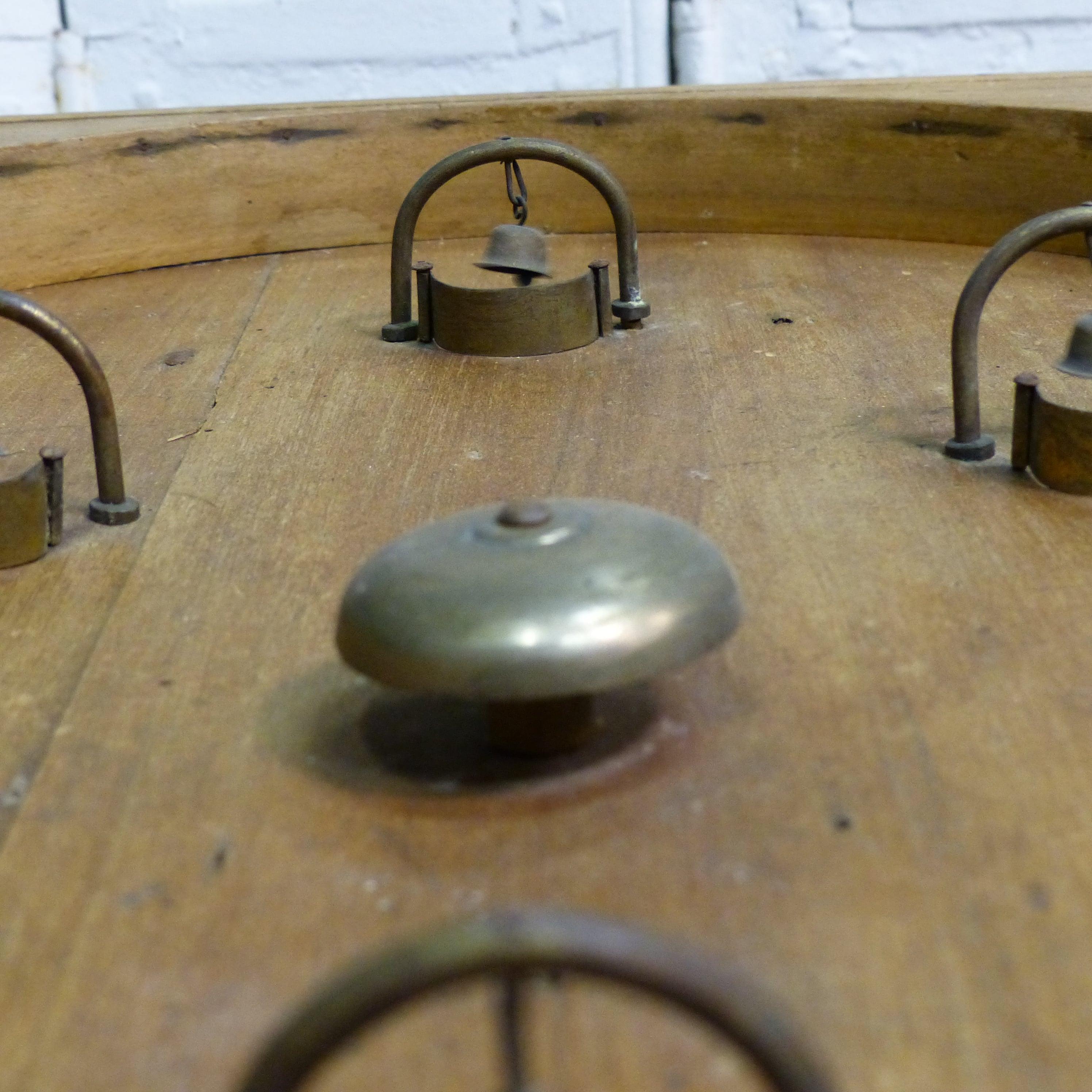 jeu ancien de bagatelle en bois flipper pour enfant. Black Bedroom Furniture Sets. Home Design Ideas