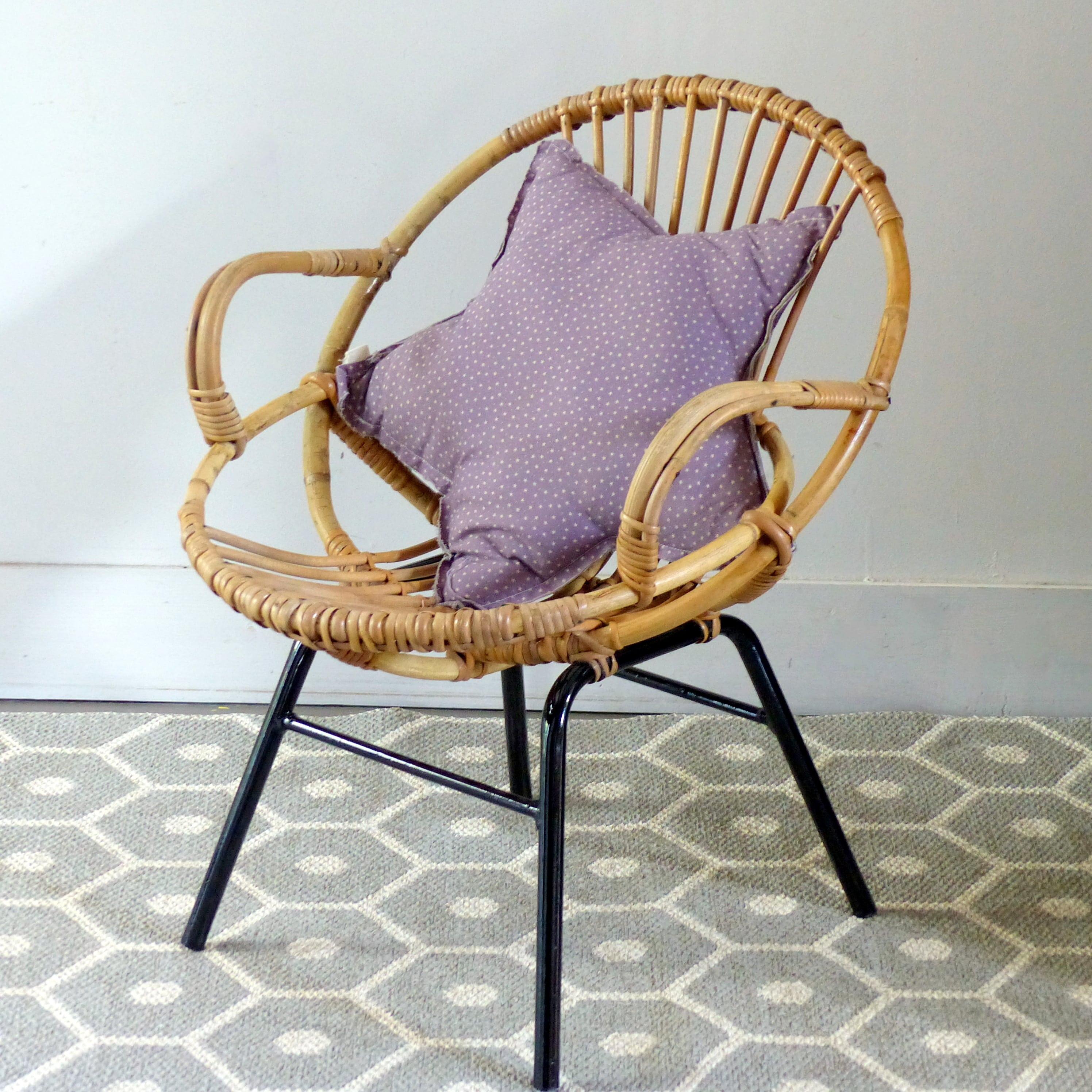 fauteuil coquille en rotin pour enfant lignedebrocante brocante en ligne chine pour vous. Black Bedroom Furniture Sets. Home Design Ideas