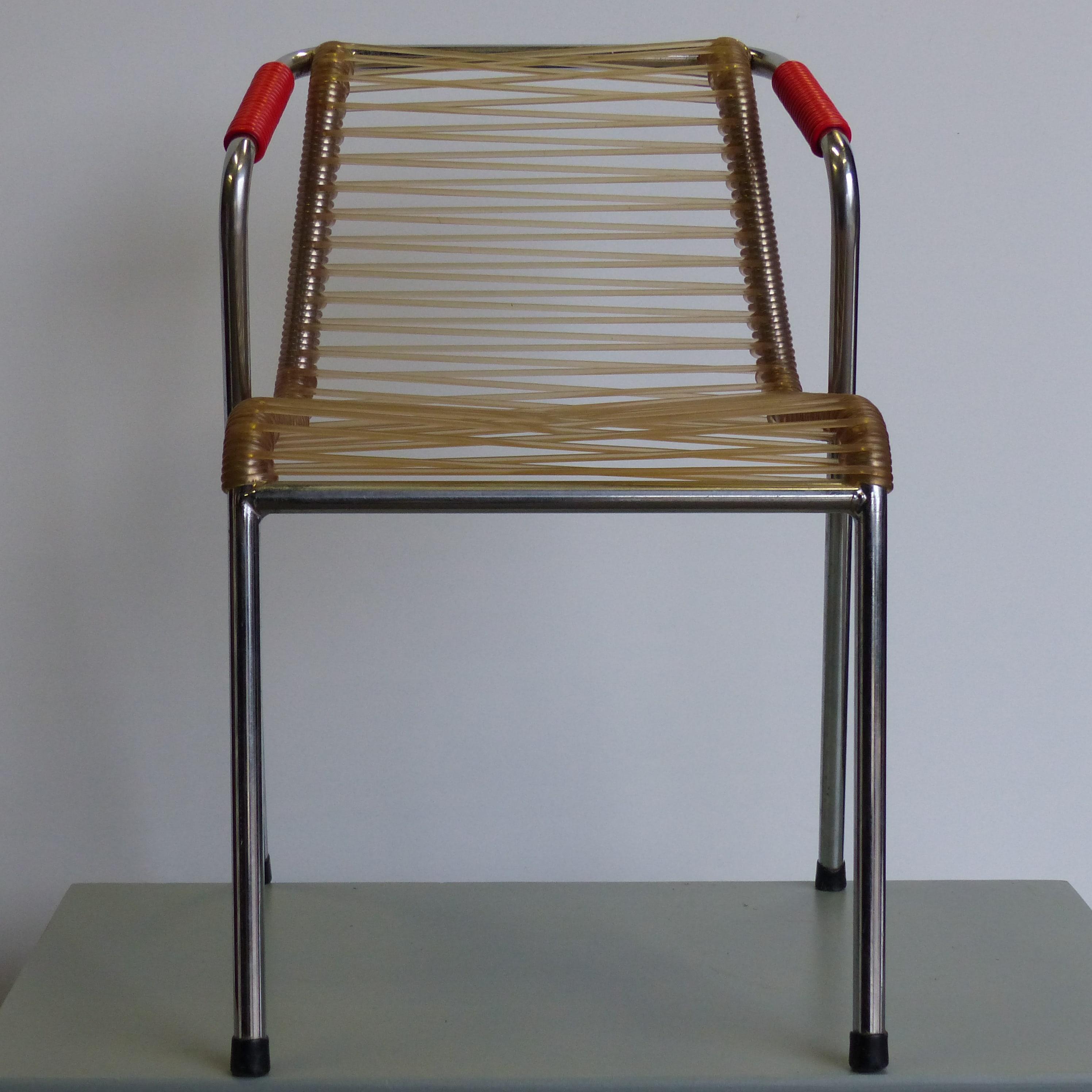 fauteuil scoubidou vintage pour enfant lignedebrocante brocante en ligne chine pour vous. Black Bedroom Furniture Sets. Home Design Ideas