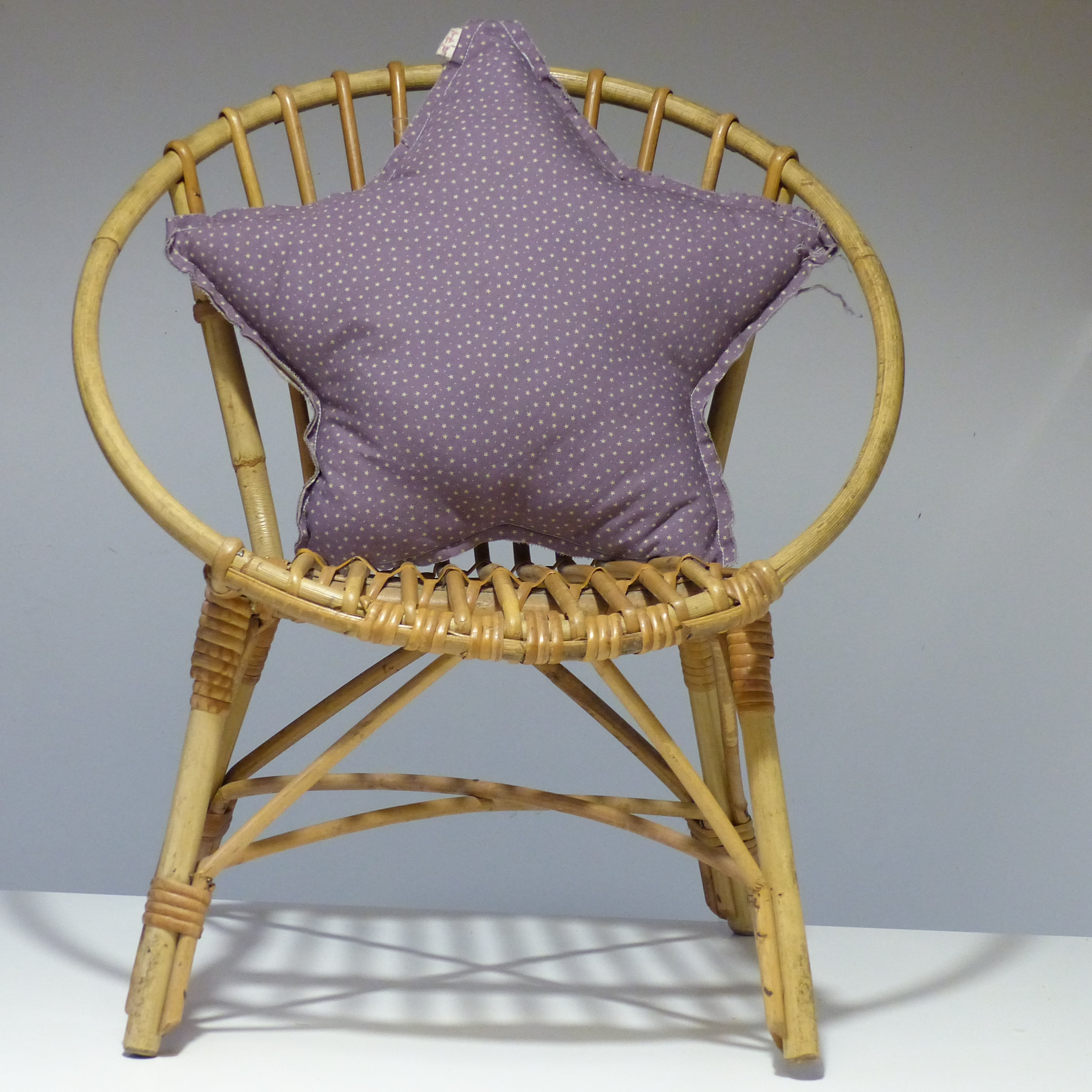 fauteuil corbeille en rotin pour enfant lignedebrocante brocante en ligne chine pour vous. Black Bedroom Furniture Sets. Home Design Ideas