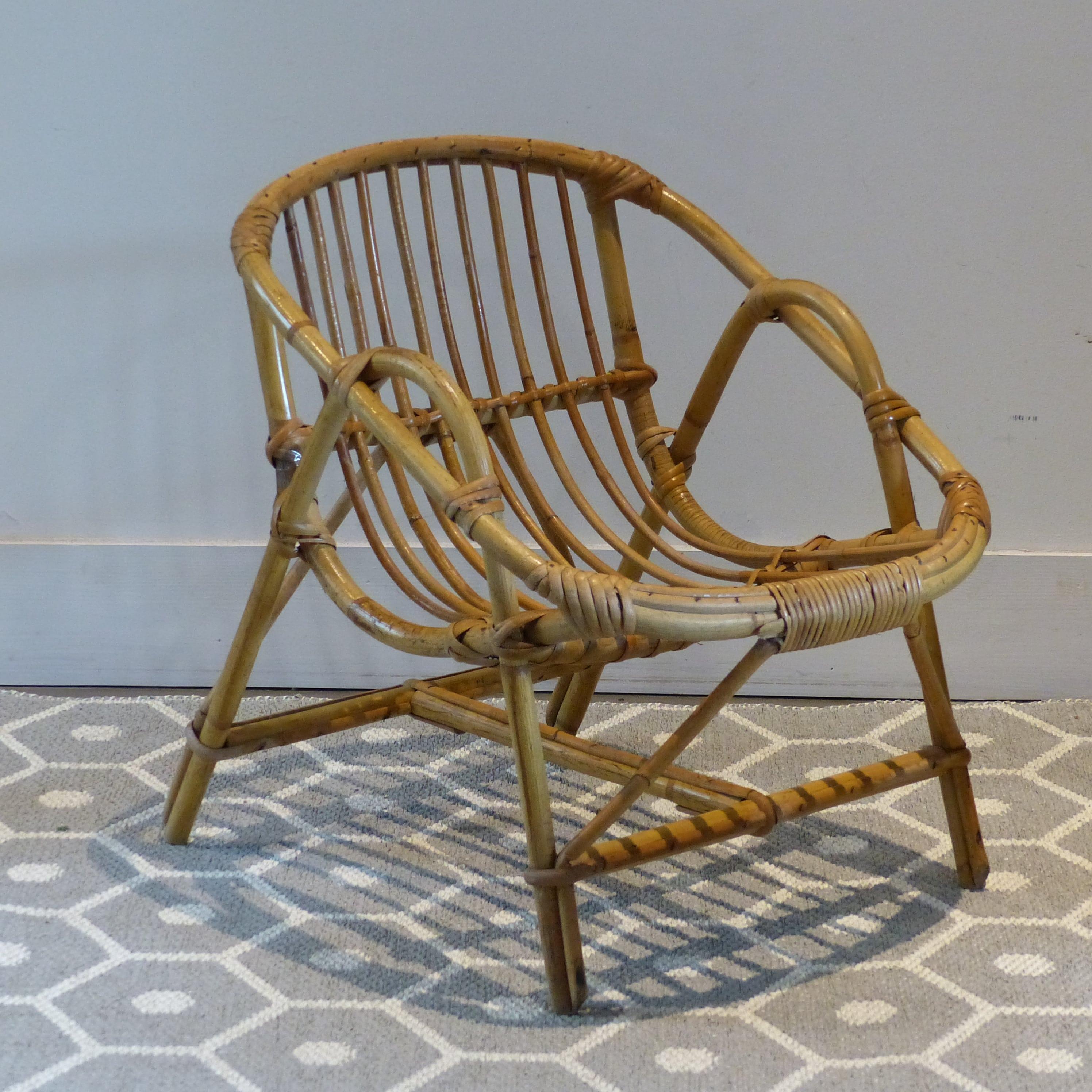 Petit fauteuil en rotin pour enfant lignedebrocante for Chaise enfant en rotin