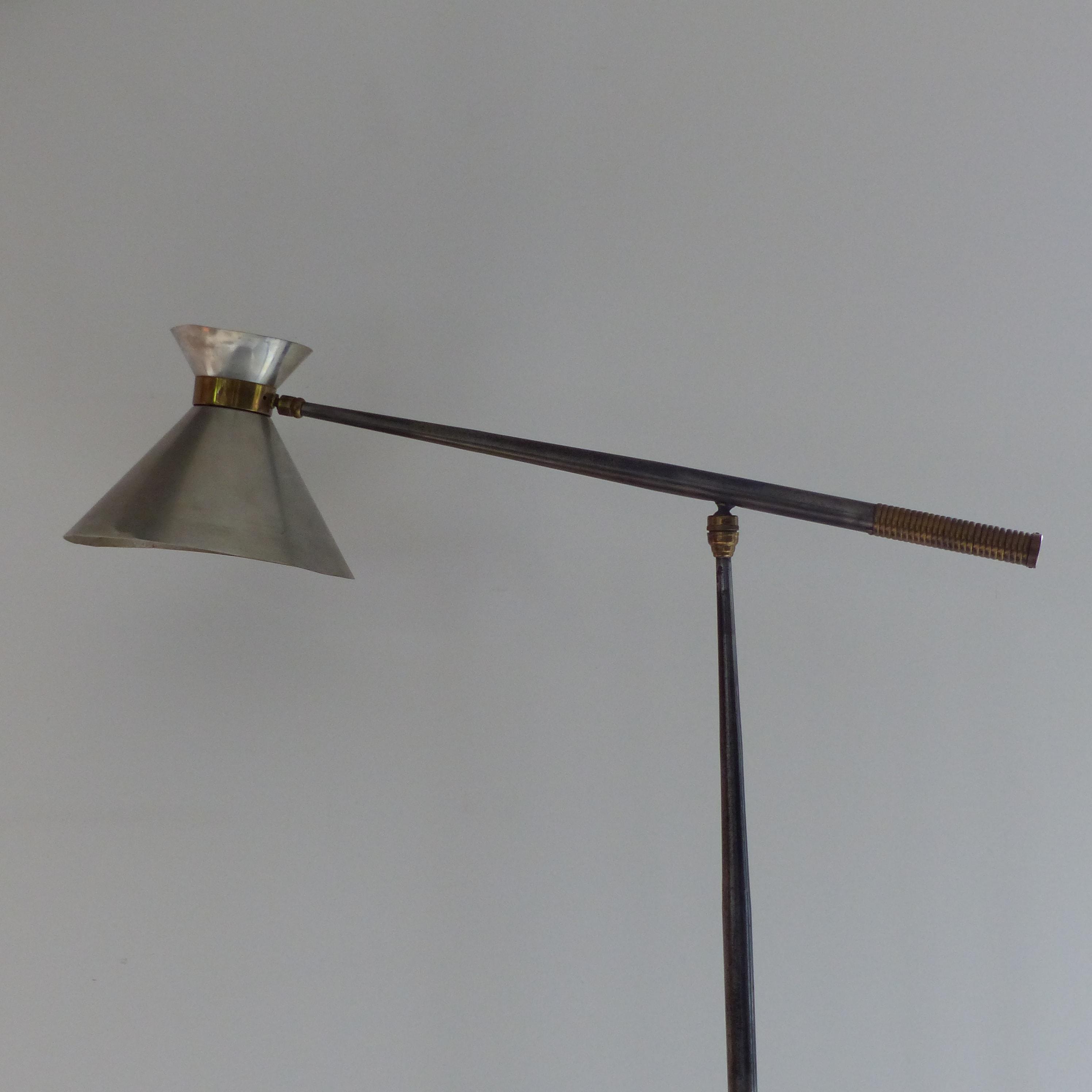 lampadaire diabolo articul en m tal lignedebrocante brocante en ligne chine pour vous. Black Bedroom Furniture Sets. Home Design Ideas