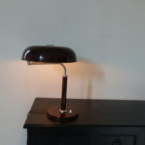Lampe de bureau Long neck éditée par Kirby & Beard
