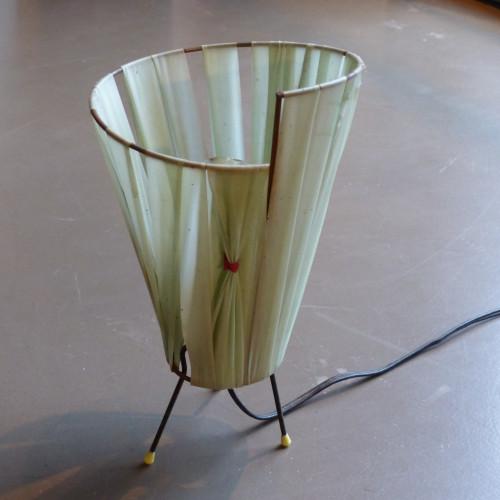 Lampe de chevet vintage tripode (abat-jour en raphia de nylon vert d'eau)