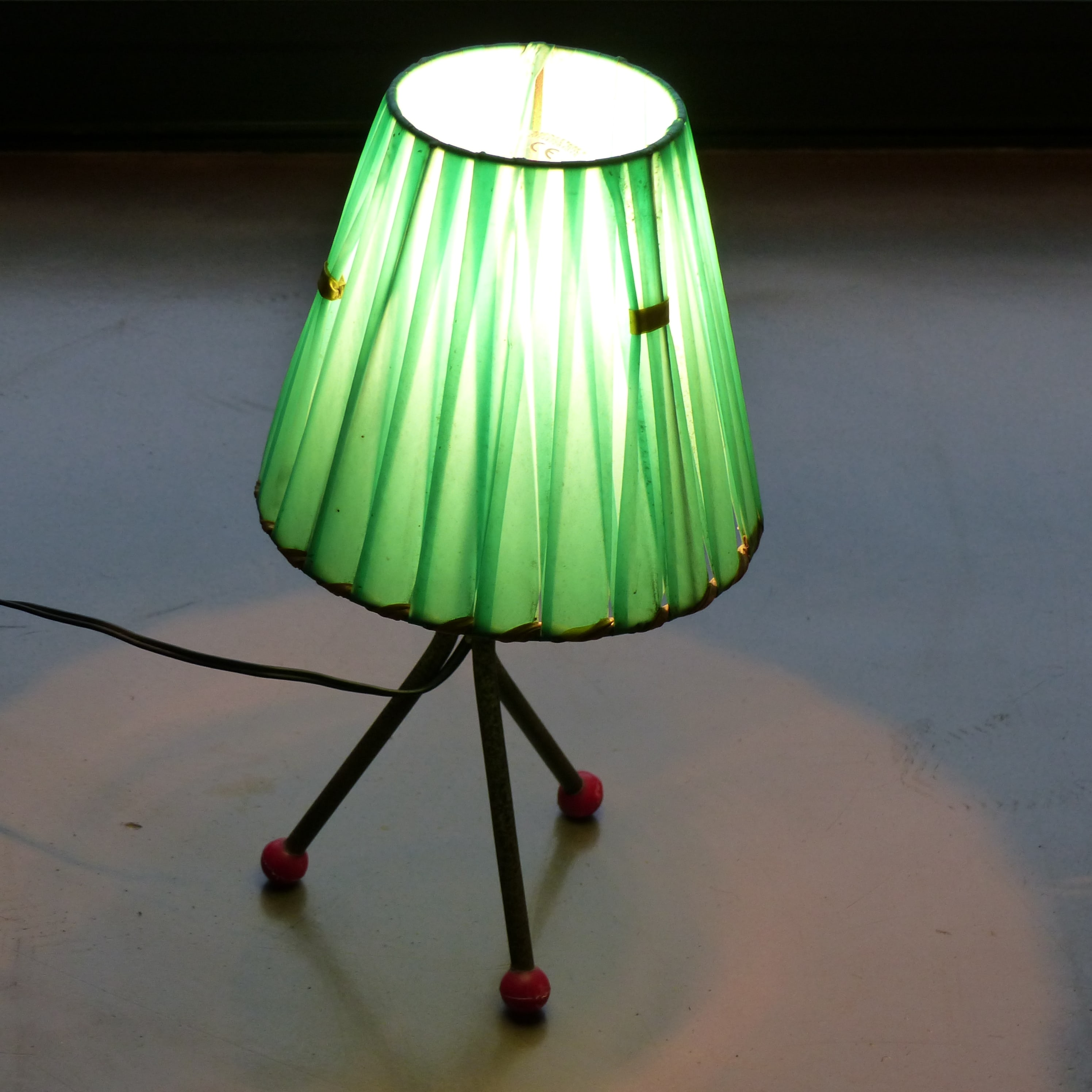 Lampe de chevet vintage maison design for Lampe de chevet om