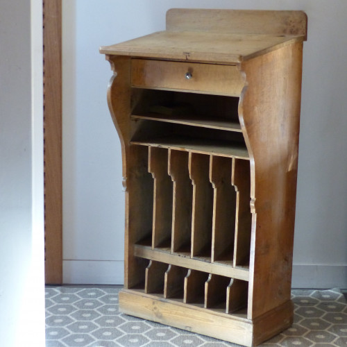 Ancien écritoire en bois