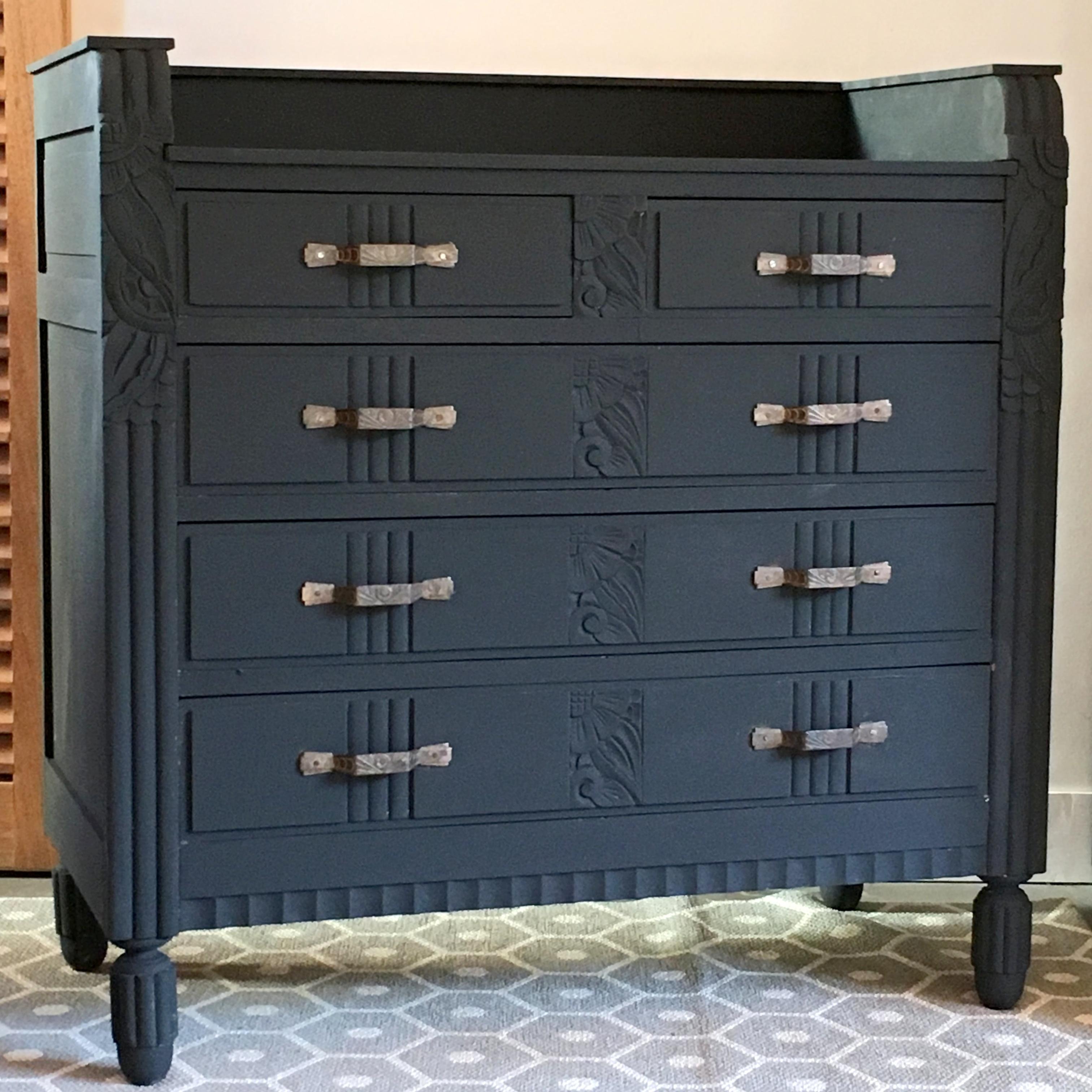 commode art d co noire lignedebrocante brocante en ligne chine pour vous meubles vintage et. Black Bedroom Furniture Sets. Home Design Ideas