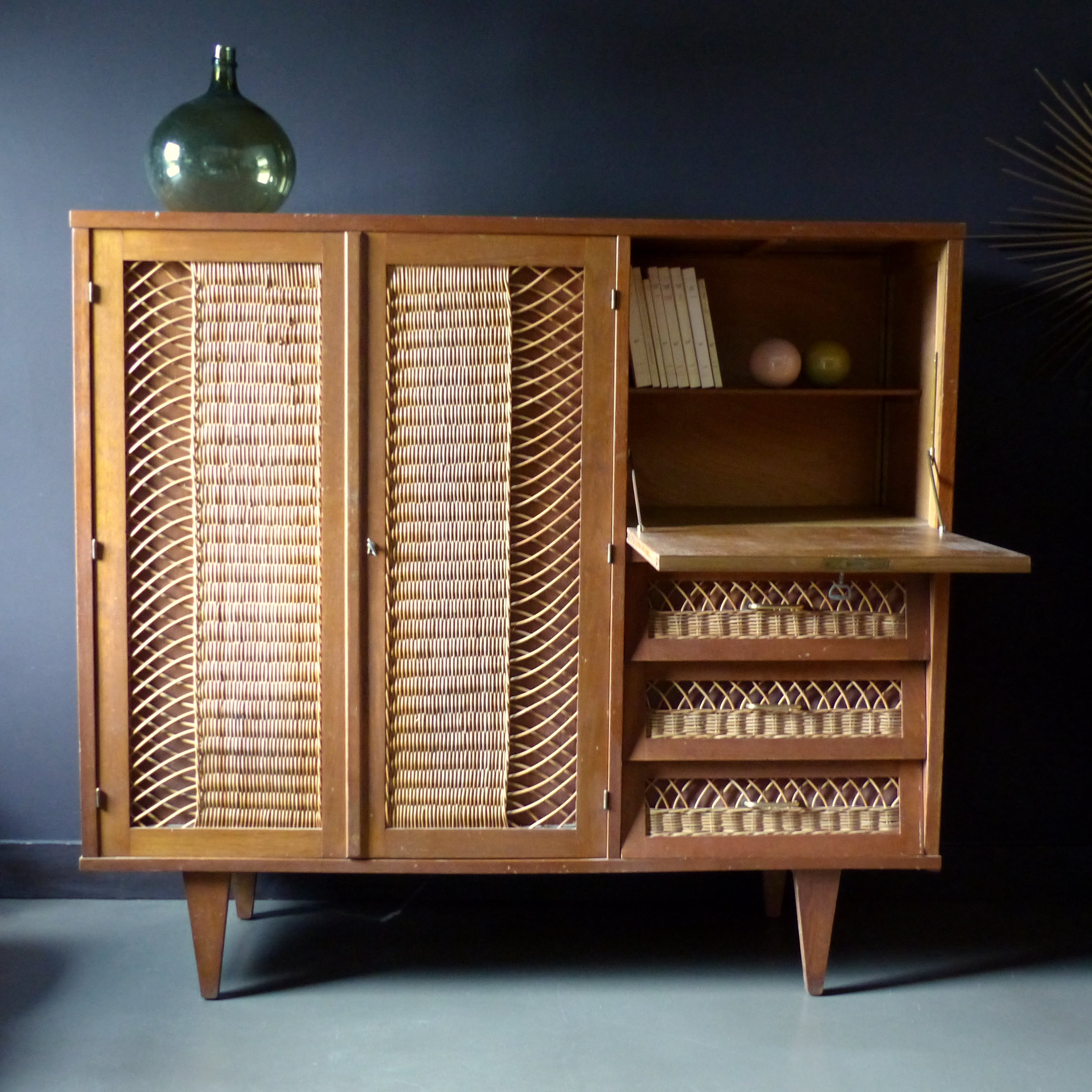 armoire secr taire vintage lignedebrocante brocante en ligne chine pour vous meubles vintage. Black Bedroom Furniture Sets. Home Design Ideas