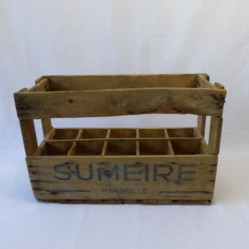 Casier à bouteilles en bois des années 60 - SUMEIRE Marseille
