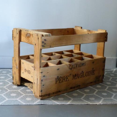 Casier à bouteilles en bois Père Magloire