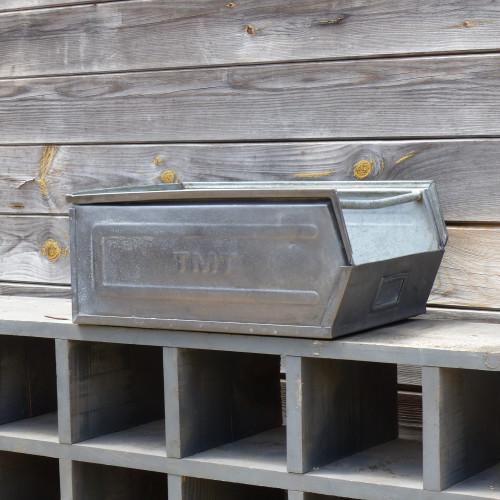 Caisse à bec en métal - taille moyenne - TMT