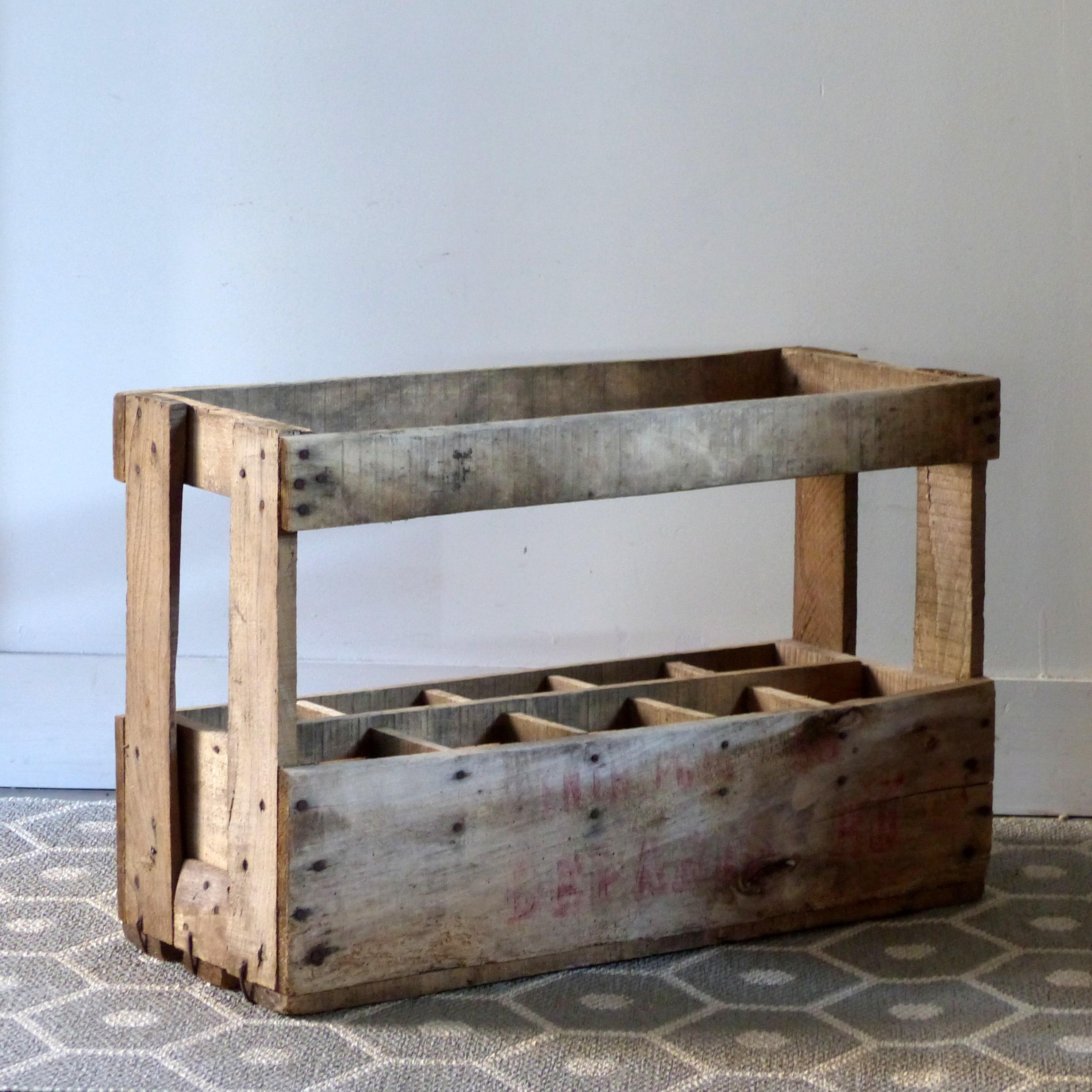 casier bouteilles en bois lignedebrocante brocante en. Black Bedroom Furniture Sets. Home Design Ideas