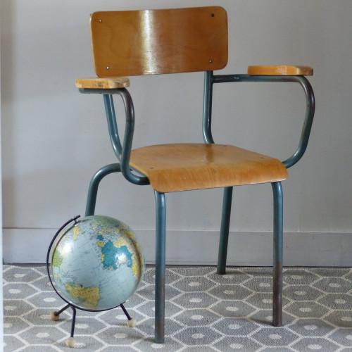 Chaise de maître d'école avec accoudoirs