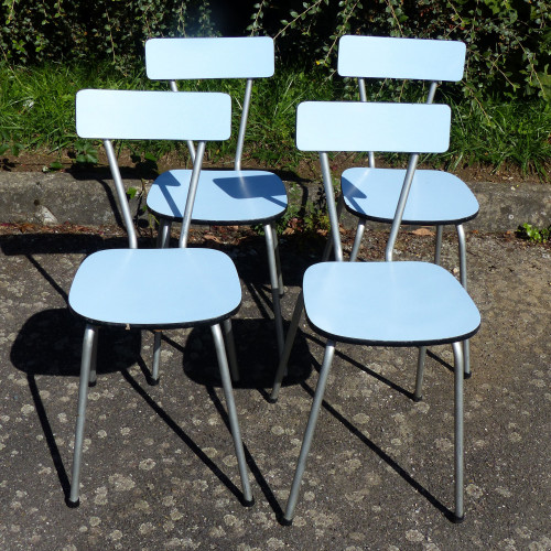 Série de 4 chaises en formica bleu ciel