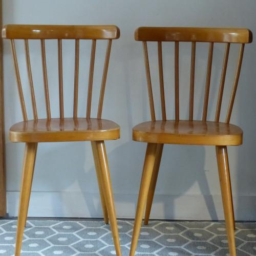 Paire de chaises au design scandinave