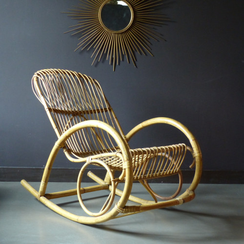 Grand rocking-chair en rotin