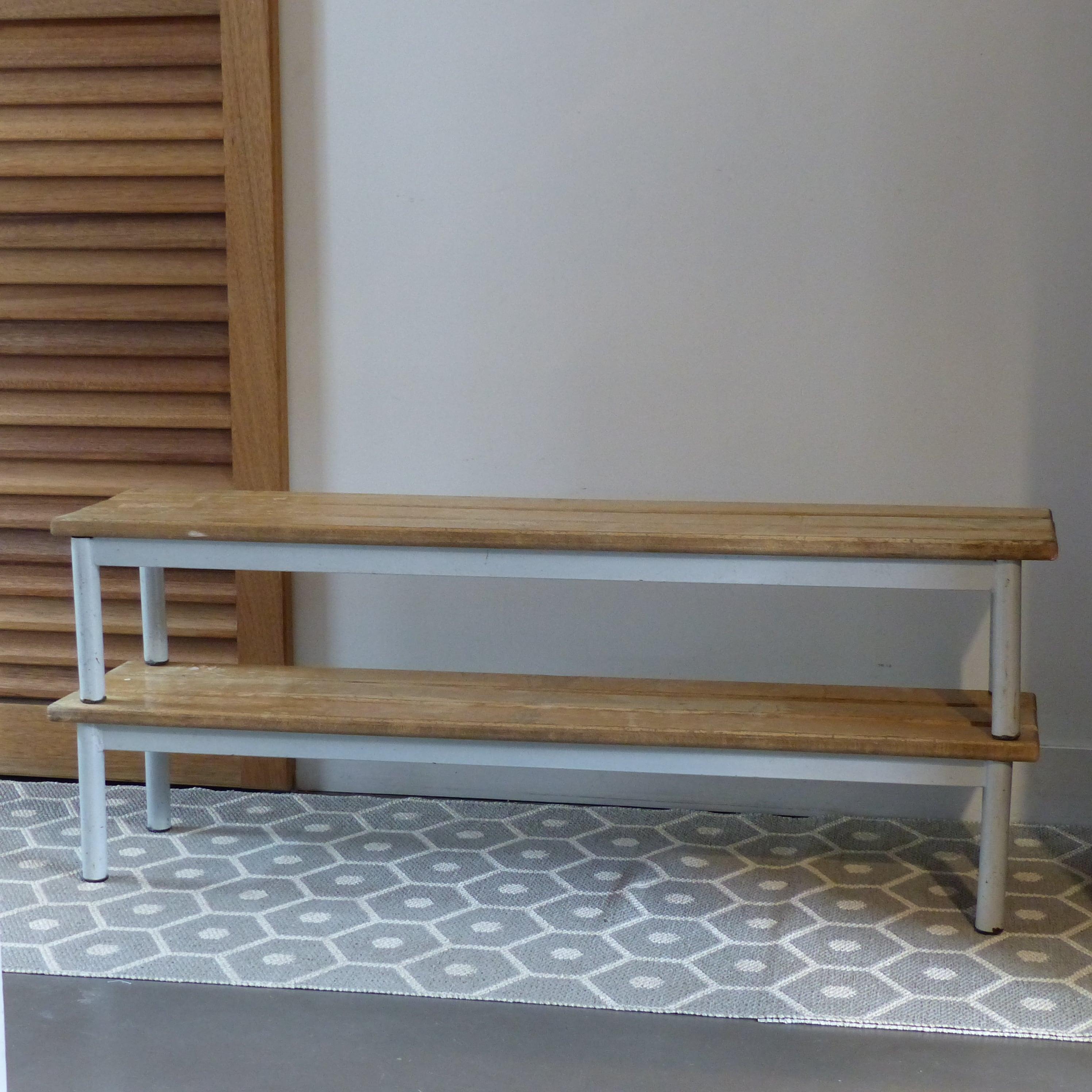 petit banc d 39 colier lignedebrocante brocante en ligne. Black Bedroom Furniture Sets. Home Design Ideas