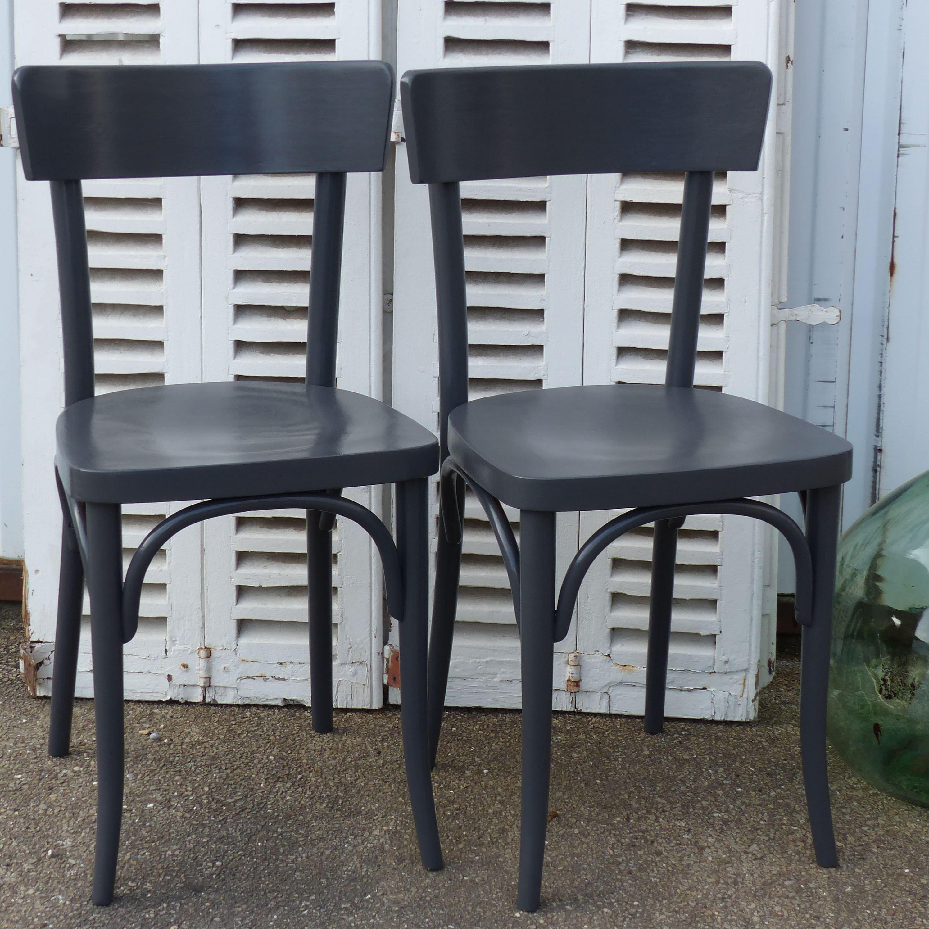 chaises thonet grises lignedebrocante brocante en ligne chine pour vous meubles vintage et. Black Bedroom Furniture Sets. Home Design Ideas