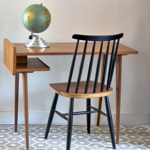 Bureau vintage en bois avec pieds compas