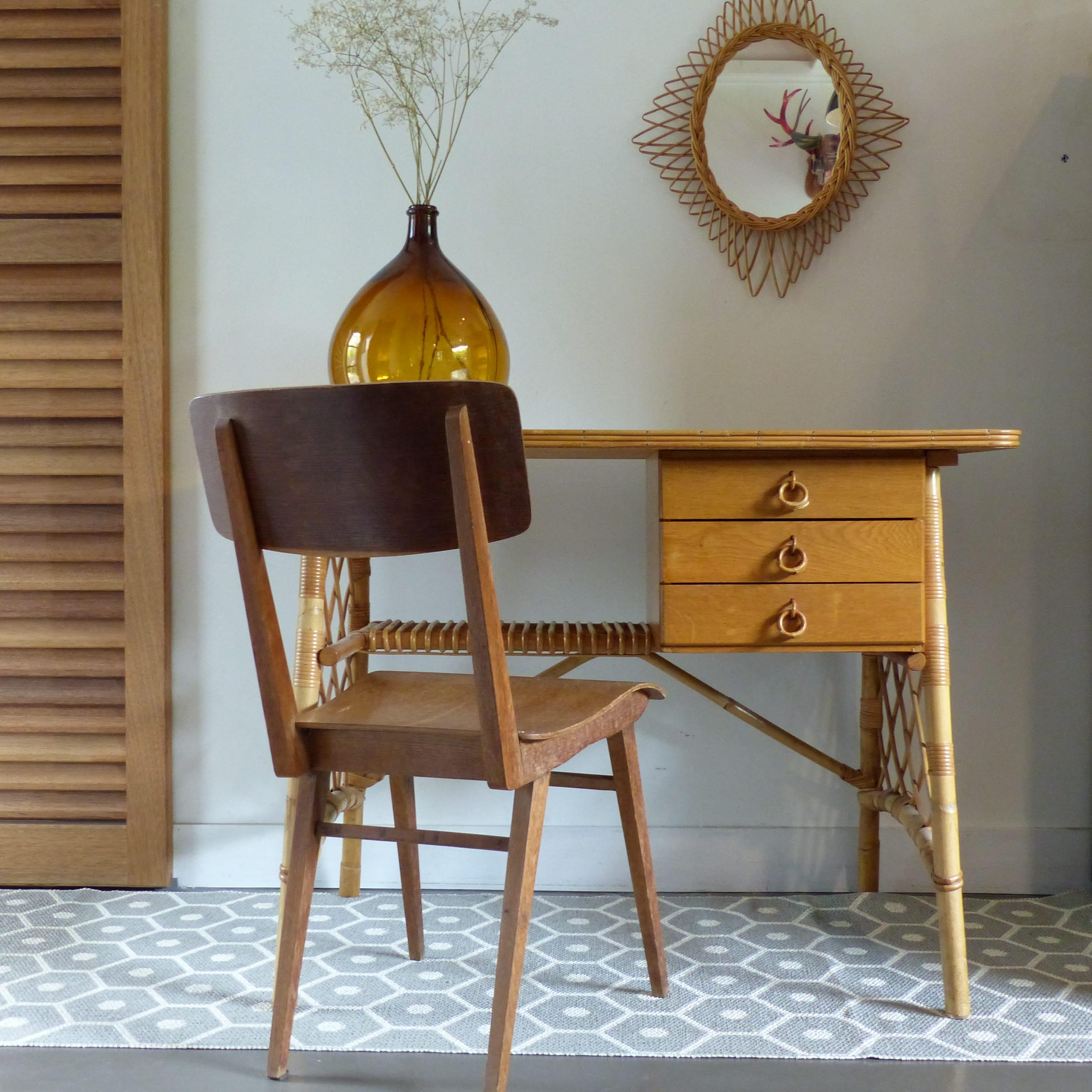 chaise de bureau vintage pieds compas lignedebrocante brocante en ligne chine pour vous. Black Bedroom Furniture Sets. Home Design Ideas