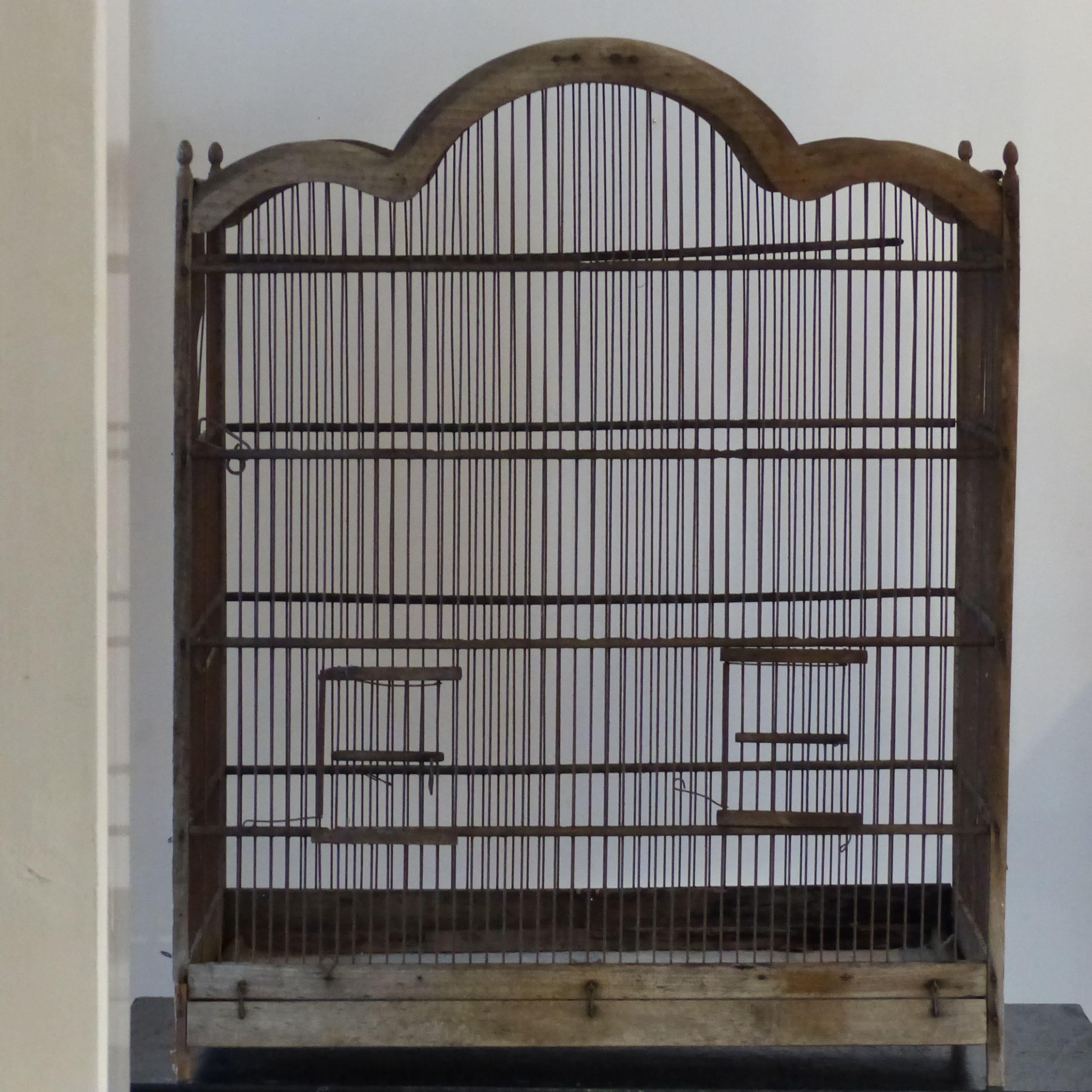 grande cage oiseaux grillag e lignedebrocante brocante en ligne chine pour vous meubles. Black Bedroom Furniture Sets. Home Design Ideas