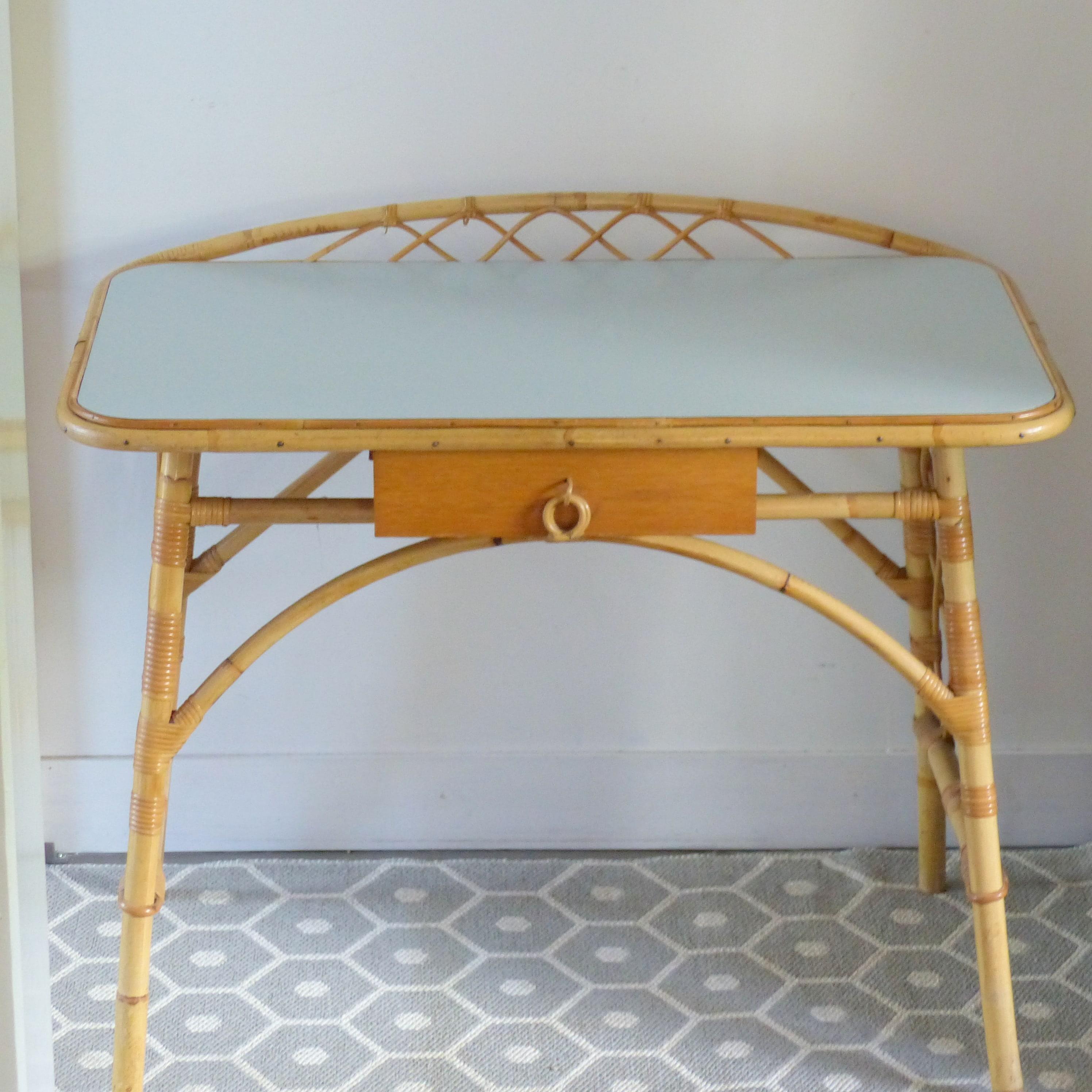 bureau et tabouret en rotin louis sognot lignedebrocante brocante en ligne chine pour vous. Black Bedroom Furniture Sets. Home Design Ideas