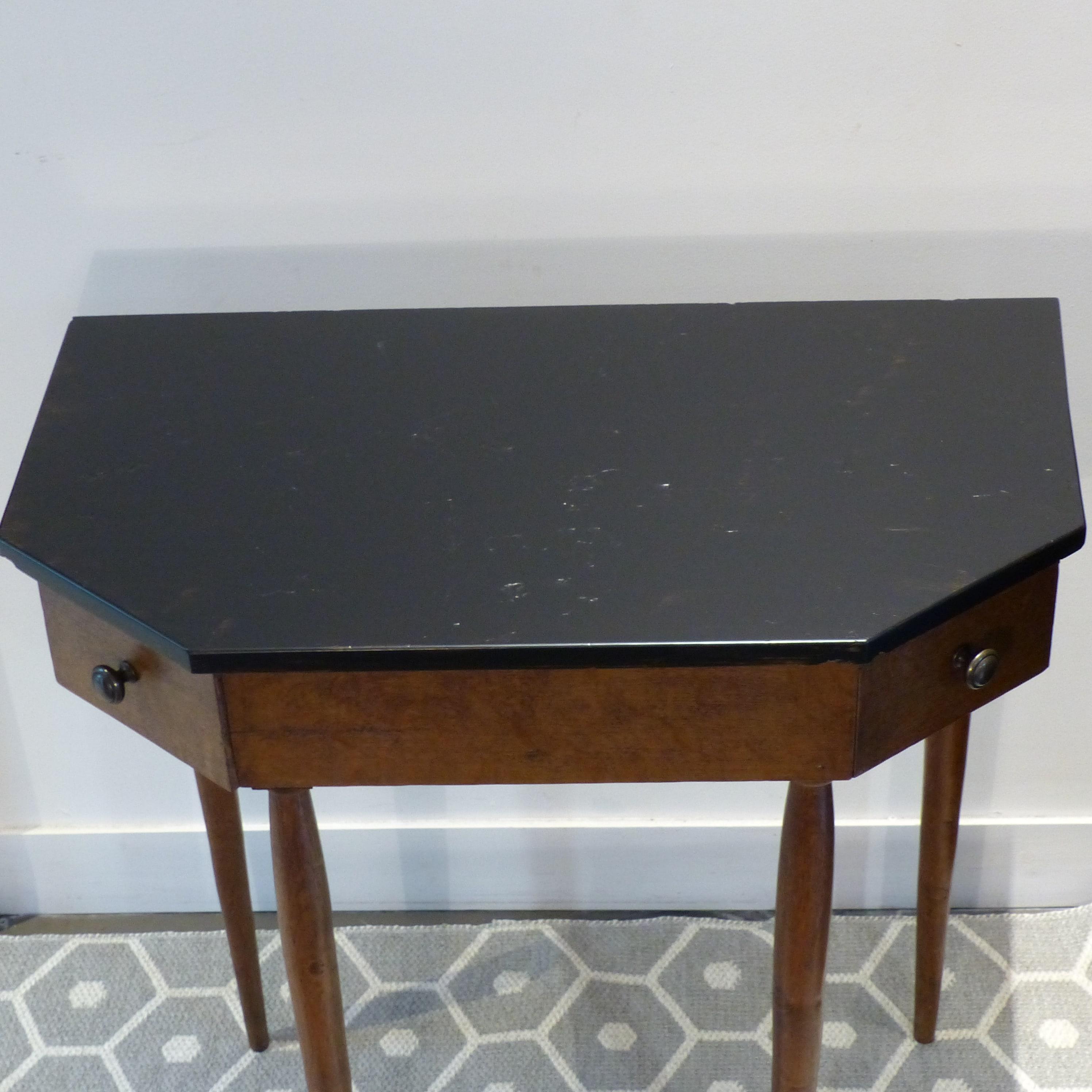 petite console de m tier lignedebrocante brocante en. Black Bedroom Furniture Sets. Home Design Ideas