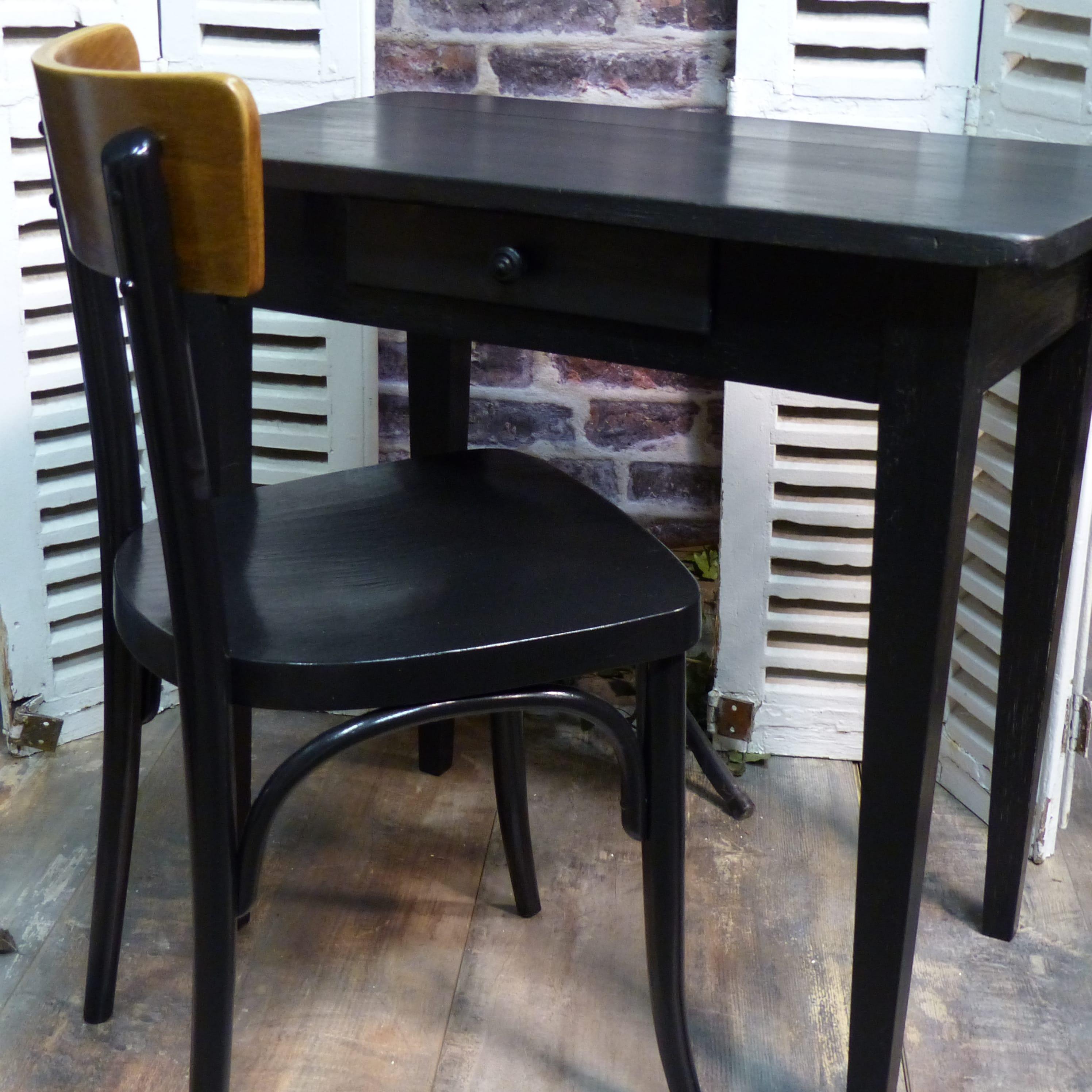 Petit bureau noir patin lignedebrocante brocante en for Petit bureau